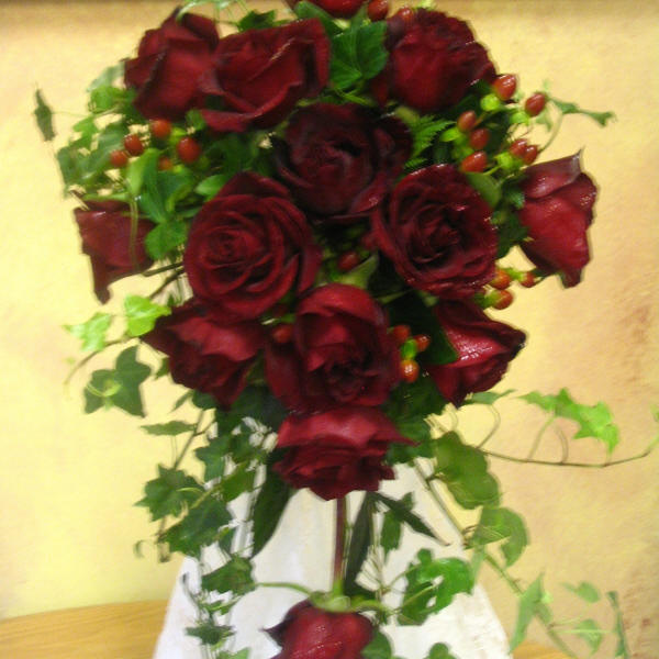 Doing Your Own Flowers For A Wedding: Brides Bouquets,Bridal Bouquets, Perla Farms