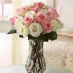 Rose centerpiece perla farms roses for weddings nationwide delivery.